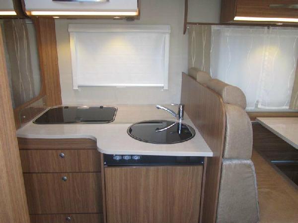 Reisemobil Carado T 348 - Küche